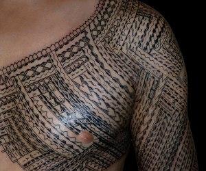 samoan-shoulder-tattoo